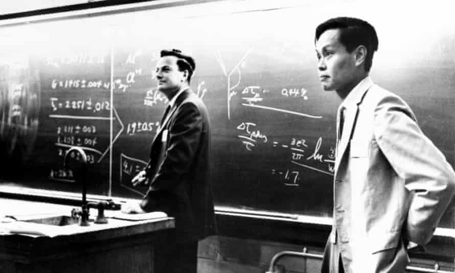 Richard Feynman with fellow theoretical physicist Yang Chen Ning, pictured in the 1950s.