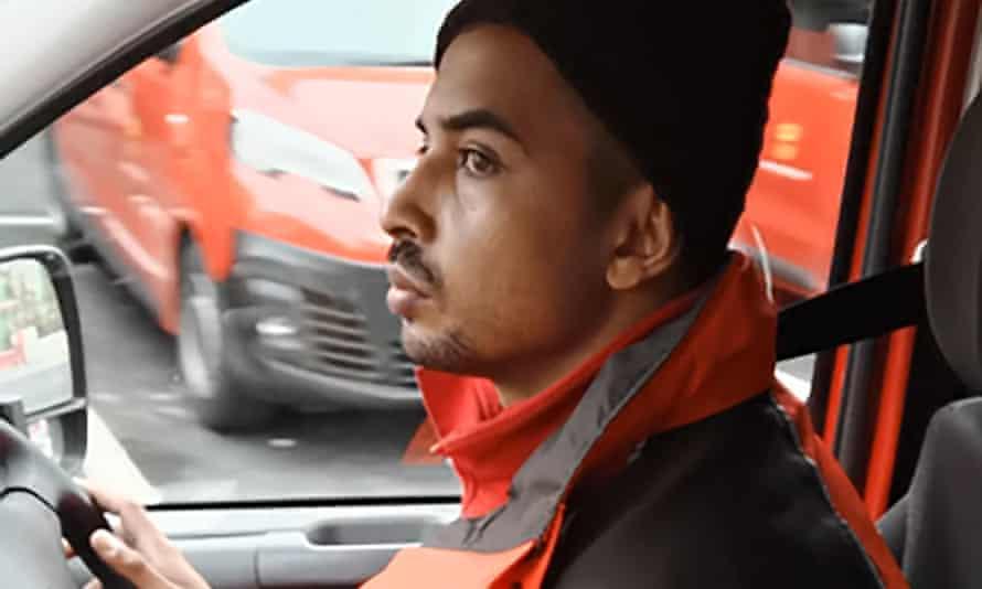 Nabil Mehdinejad driving