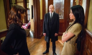 Ophelia Lovibond, Jonny Lee Miller and Lucy Liu in Elementary