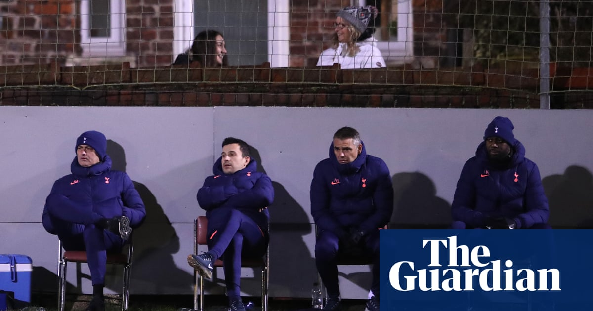 José Mourinho takes a supporting role in Marines drama ofhomespun charm | Barney Ronay