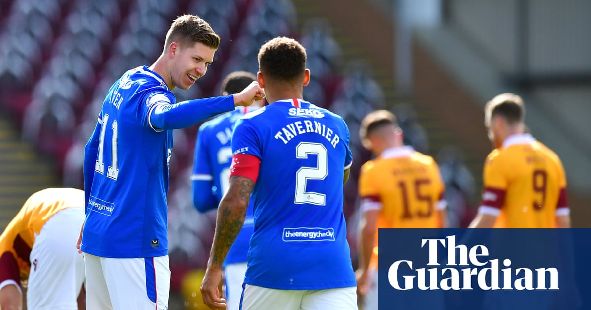 Rangers thrash Motherwell to stay top while Celtic keep up the pressure