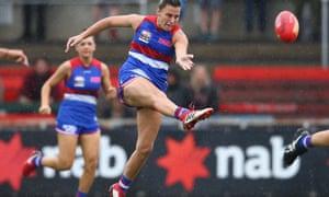 AFLW 2018 grand final: Western Bulldogs beat Brisbane Lions