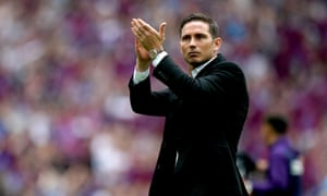 Tammy Abraham says if Frank Lampard became Chelsea's new manager 'there is no better guy to play under'.