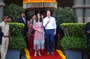 The duke and duchess arrive in Mumbai