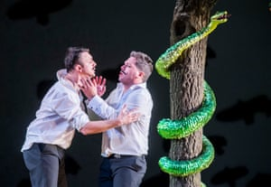 Gyula Orendt (Guglielmo) and Paolo Fanale (Ferrando) in Così fan tutte at the Royal Opera House