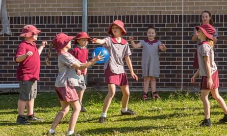 playground ball games