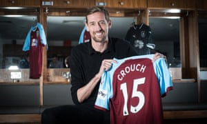 New Burnley signing Peter Crouch says he would love to play into his 40s.