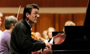 Concert pianist Llyr Williams.