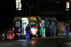 Ambulances with COVID-19 patients are seen waiting in Santa Maria hospital, as COVID-19 patients are being transferred from another hospital after a oxygen supply malfunction, amid the coronavirus disease (COVID-19) pandemic in Lisbon, Portugal, on 26 January, 2021.