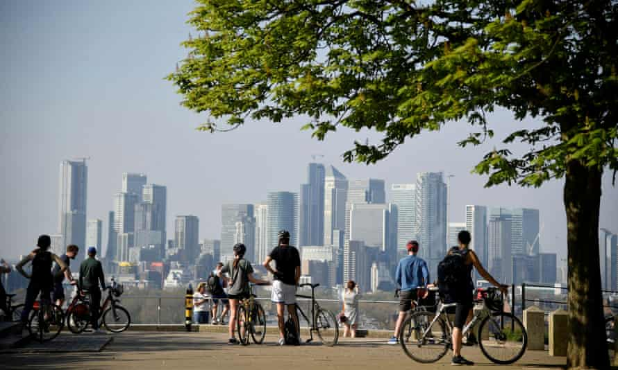 A view of the Canary Wharf business district from Greenwich Park.