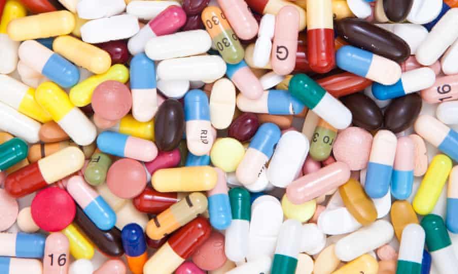 Jumble of multicoloured pills