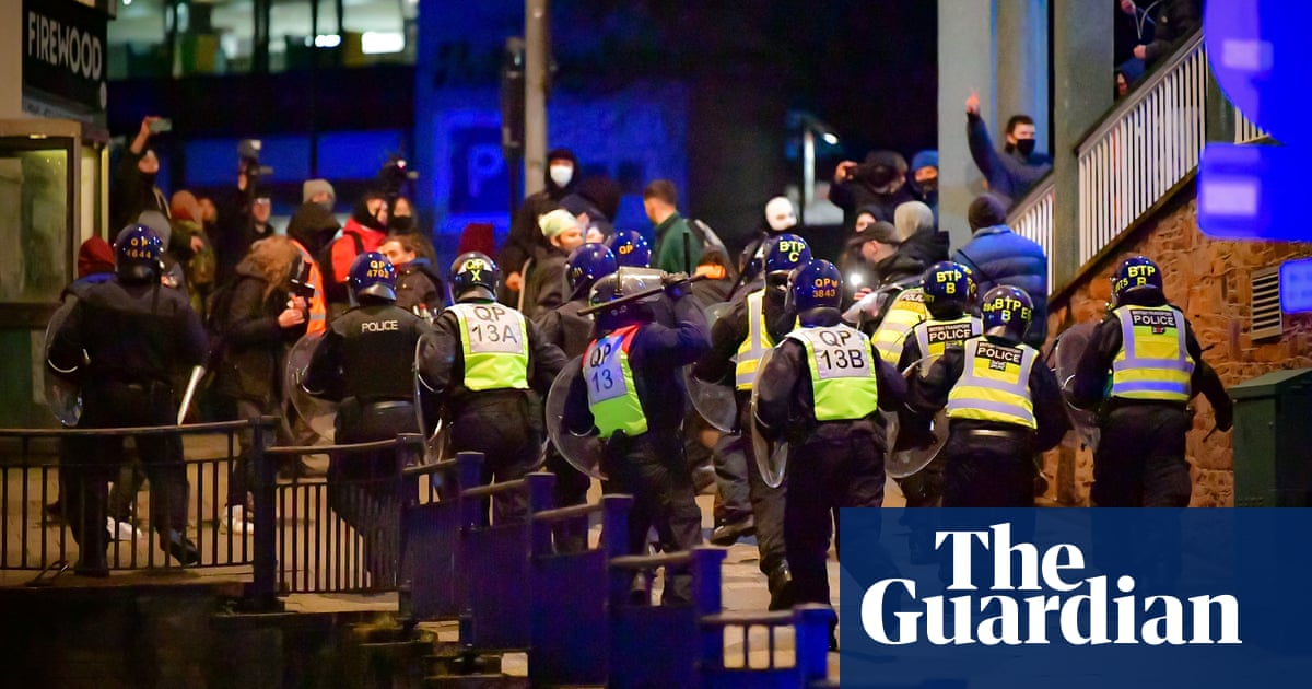 Police under fire for assault of journalist at Bristol protest