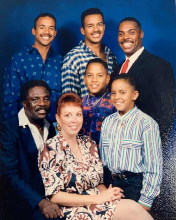 Lance Wilson (far right) and his family.