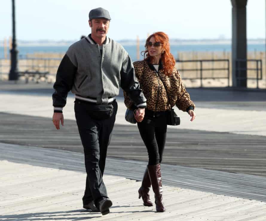 Liev Schreiber and Naomi Watts filming The Bleeder last November.