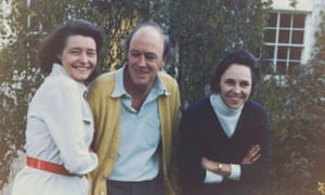 Patricia, Dahl and Valeria Eaton Griffith, with whom he wrote a stroke guide