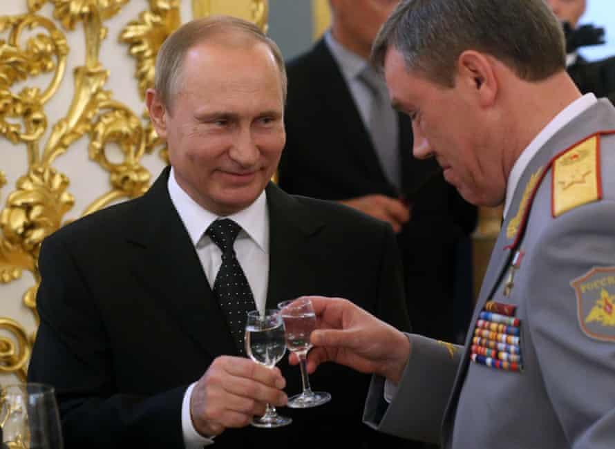 Vladimir Putin and Russian military chief of staff Valery Gerasimov