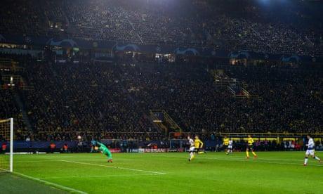 Harry Kane on the ball at Dortmund to steer Tottenham into last eight