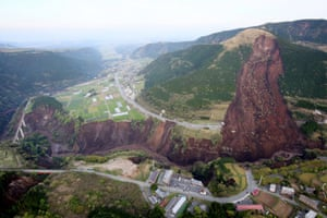 An view from a Yomiuri Shimbun helicopter shows a large landslide in Minamiaso