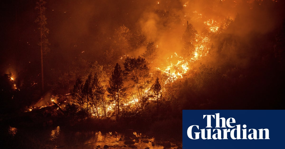 'Pivotal day': firefighters battle to head off Caldor blaze ahead of gusty winds