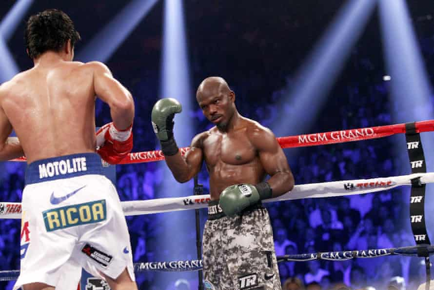 Timothy Bradley in his fight with Manny Pacquiao last year.