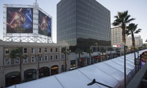 Return of the Jedi … Hollywood Boulevard ahead of the world premiere of Star Wars: The Force Awakens tonight.