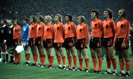 What formation did Holland's Total Football side actually play?