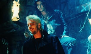 Kiefer Sutherland and Billy Wirth in The Lost Boys, 1987