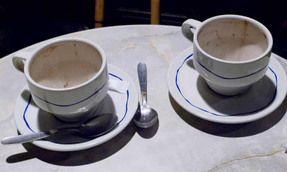 Empty coffee cups at cafe