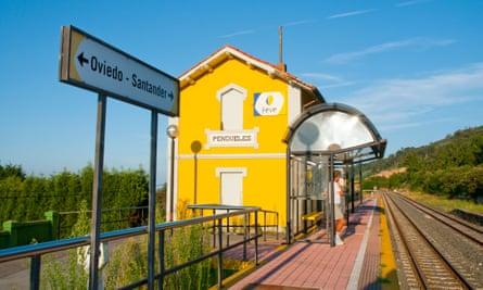 Pendueles station, Asturias, Spain