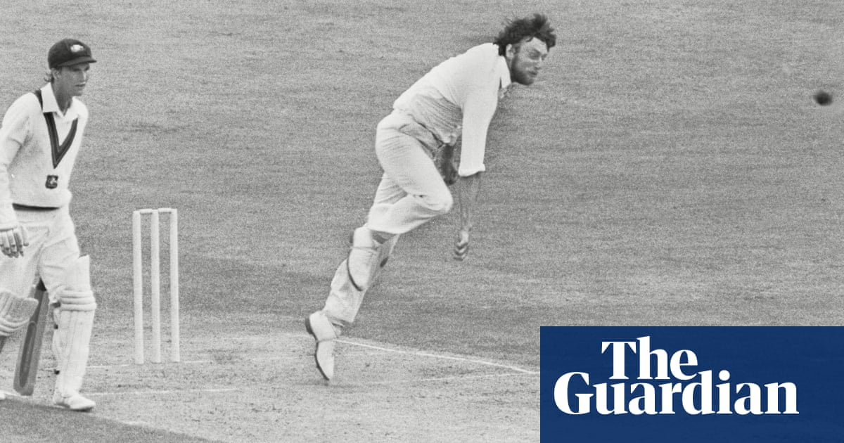 Mike Hendrick, former England and Derbyshire bowler, dies aged 72