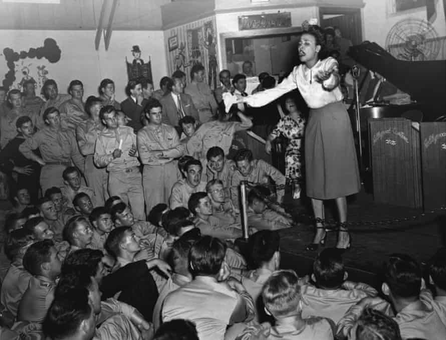 The only African-American pinup … Lena Horne sings for servicemen at the Hollywood Canteen.
