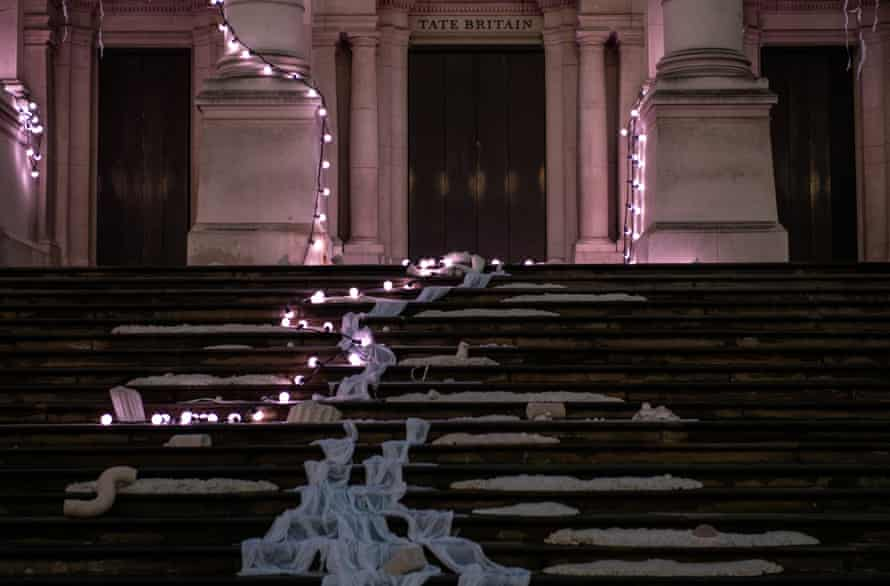 The front steps at Tate Britain.