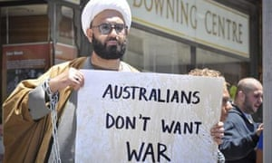 Man Haron Monis protesting outside of court in Sydney
