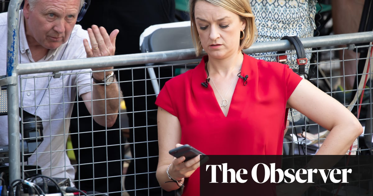 BBC could restrict journalists' use of Twitter