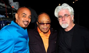 To the left, James Ingram, Quincy Jones and Got The Brothers Michael McDonald in 2009.