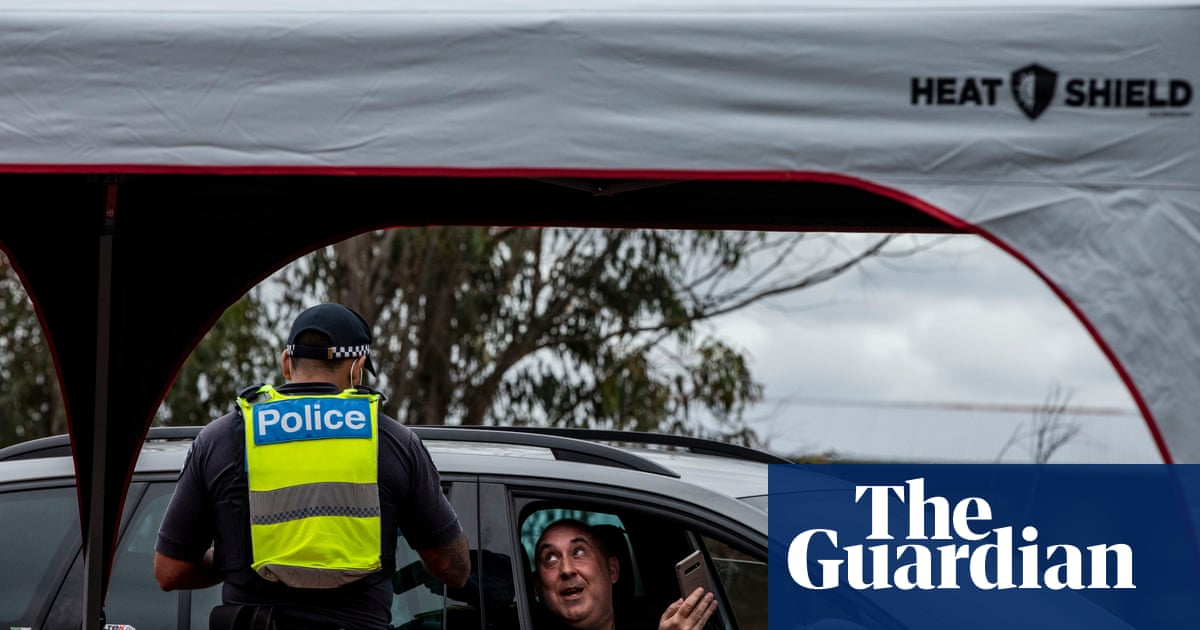 Victoria's border unlikely to open this month as thousands stuck in NSW wait on exemptions – The Guardian