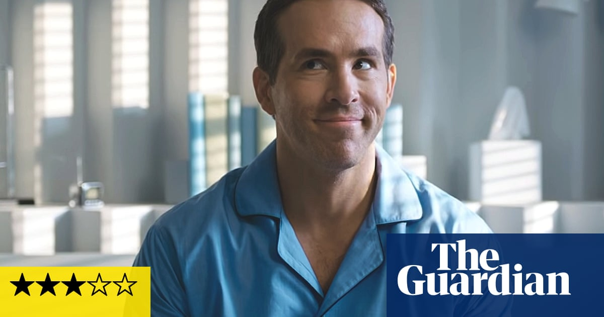 Free Guy review – Ryan Reynolds bounces through fun videogame existential crisis