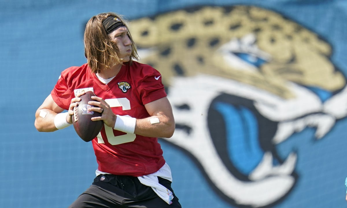 No 1 draft pick Trevor Lawrence signs $36.8m rookie contract with Jaguars |  Jacksonville Jaguars | The Guardian