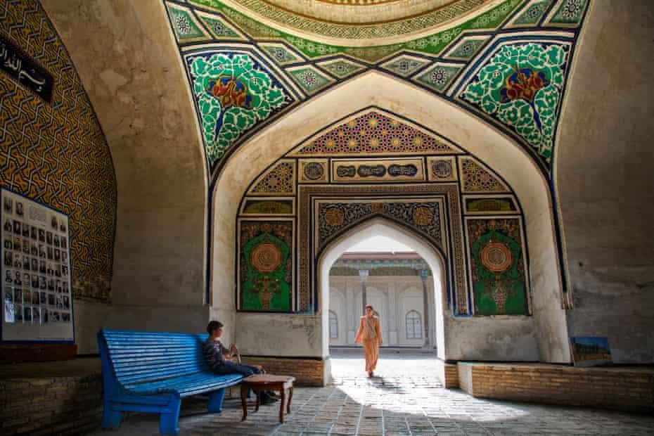 Tiled, mosaic archway and courtyard at Khan's Palace, Kokand, Uzbekistan.
