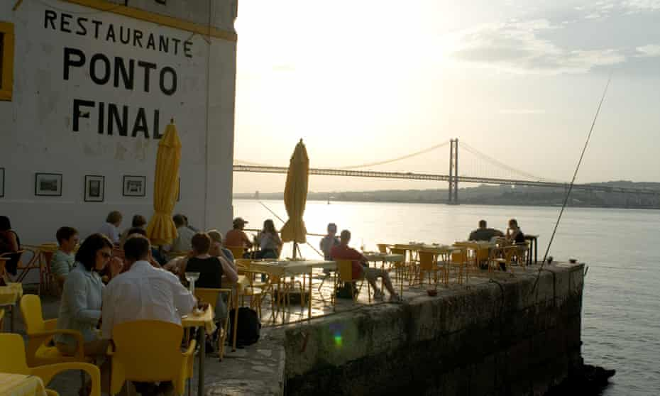 The Ristorante Ponto Final offers up one of the great Lisbon views.