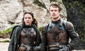 Gemma Whelan as Yara Greyjoy and Alfie Allen as Theon Greyjoy in Game Of Thrones.