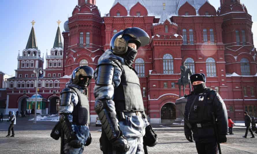 Russian riot police patrol to prevent possible protests in support of the jailed opposition leader in Moscow