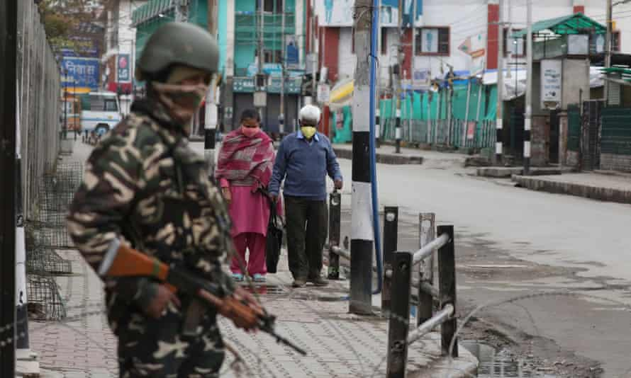 Indian paramilitary soldier during the lockdown in Srinagar last month
