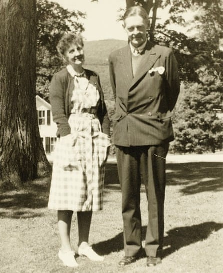 Emily Hale and TS Eliot in 1946.
