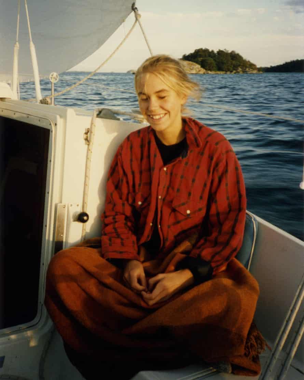 A picture of Jenny Rova on a boat