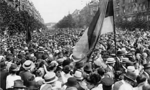 """'One of the most moving photos in the Berlin exhibition is of an immense """"Rally for the Republic"""" in 1922.'"""