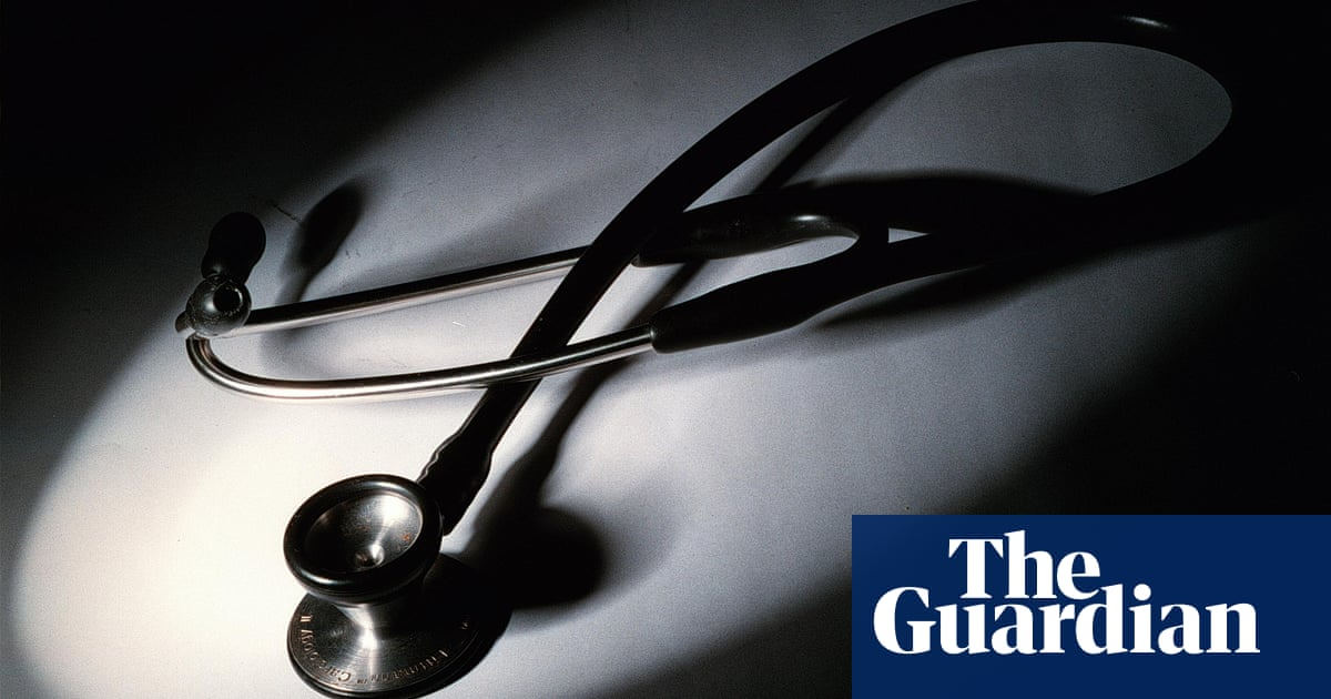 Sydney surgeon wins $450k payout after 'appalling' online campaign to destroy his reputation