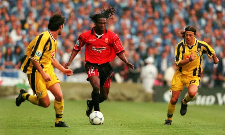 Lauren, playing for Mallorca, runs at the Lazio defence during the 1999 Cup Winners' Cup final.