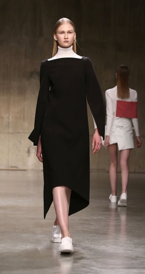 A model on the JW Anderson catwalk