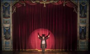 Aitor Basauri in Spymonkey's A Christmas Carol.